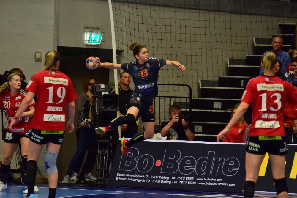 EHF-kupa: Döntetlen a finálé első meccsén!