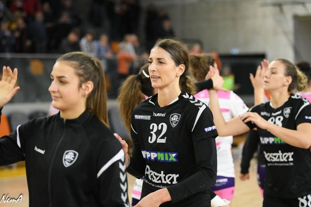 Andrea Kobetic hosszabbított